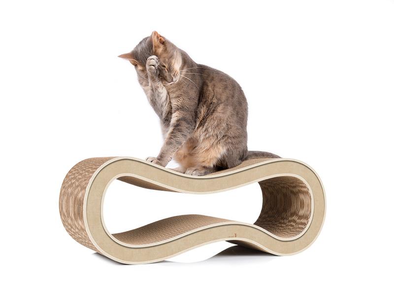 cat-on Singha M - Kratzmöbel aus Wellpappe hellbeige