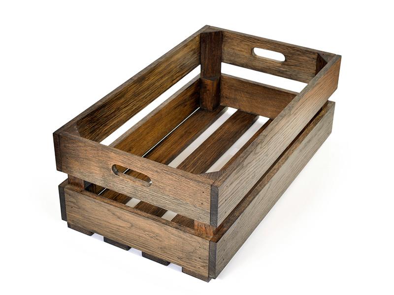 Holzkiste aus Eiche, in Basalt geölt