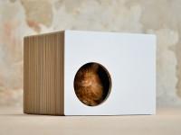 Cat house Phredia Eckhaus | Design cat scrtaching furniture Made in Germany