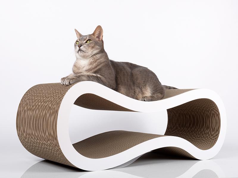 Kratzmöbel Singha L - Katzenliege aus Wellpappe