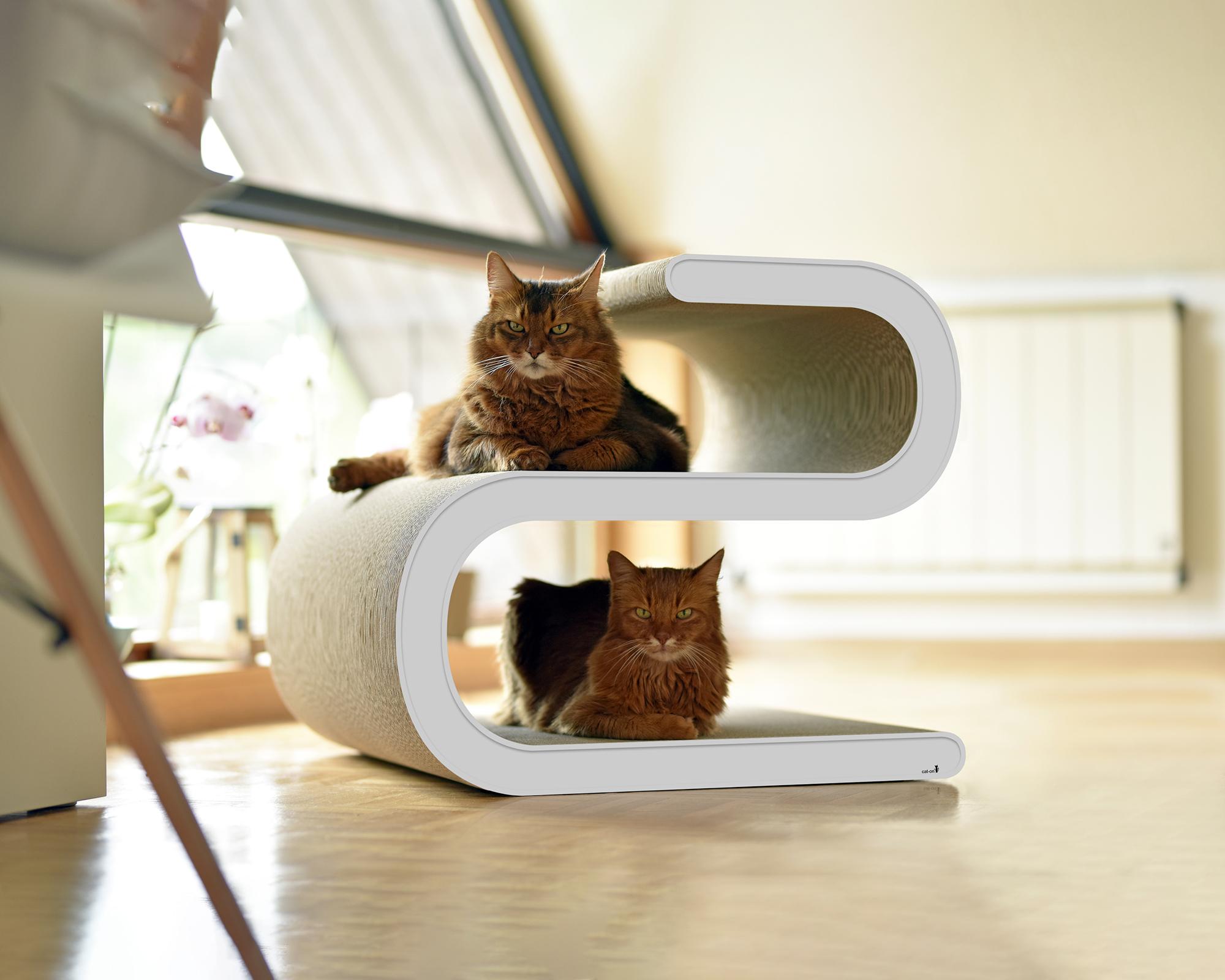 Design cat tree Ligne S XL - a cat dream in white