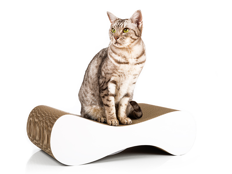 Designer Kratzmöbel in weiß | cat-on Le Ver S